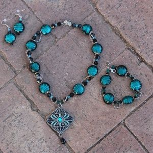 Beautiful One Of A Kind Glass Necklace Set